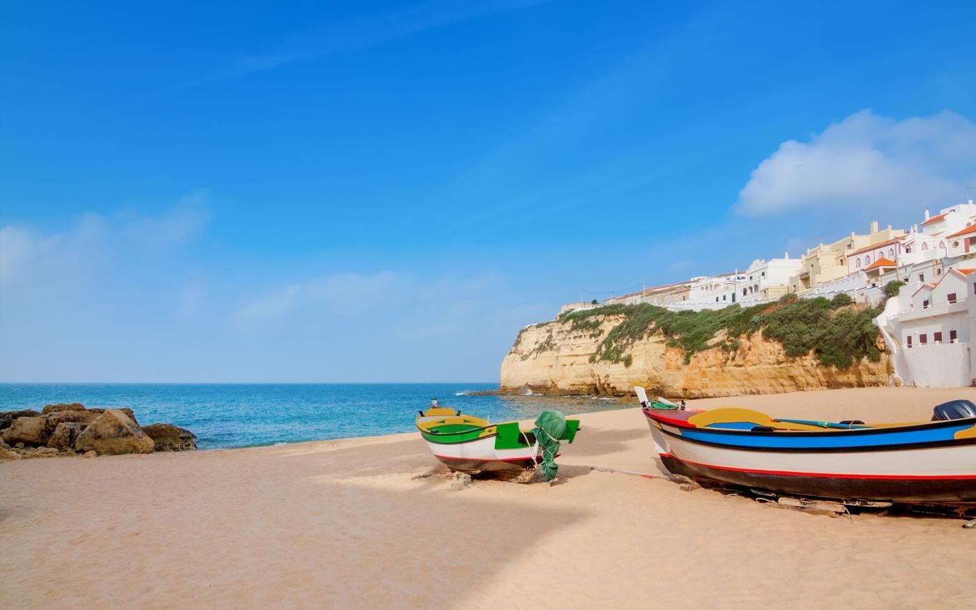 Algarve's betoverende landschappen verkennen in 6 leuke activiteiten