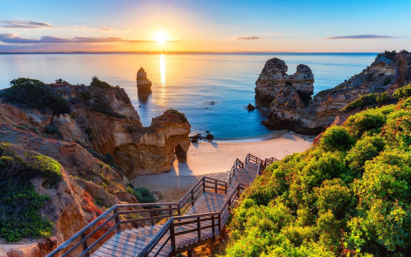 Algarve uitgeroepen tot Beste Strandbestemming ter Wereld bij 'Oscars van de reisbranche'